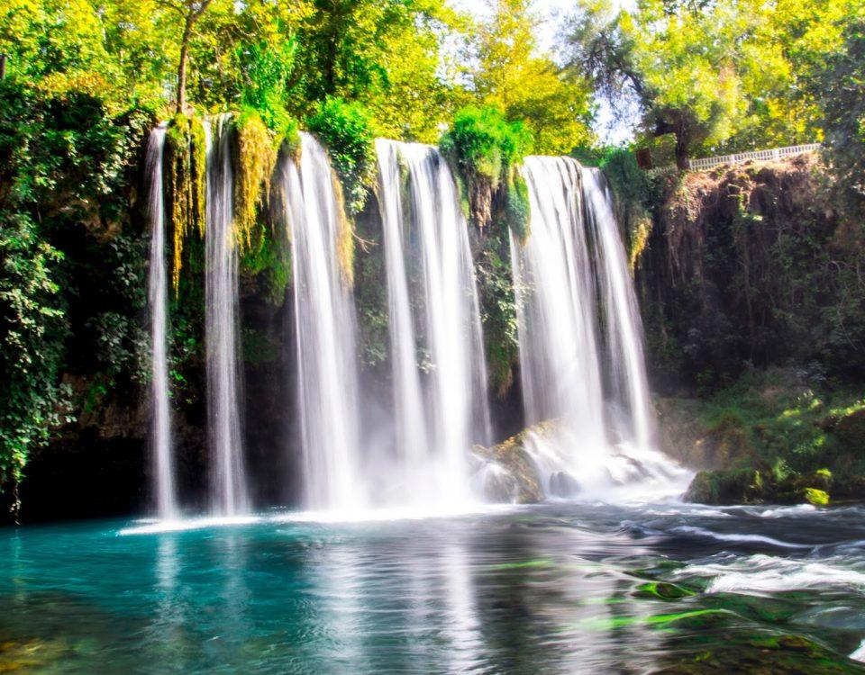 شلالات دودان مكان سياحي شلال رائع أجمل مكان في أنطاليا تركيا مكان للاستمتاع و الاسترخاء