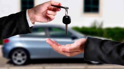 Покупка авто в Анталии, покупка автомобиля в Анталии, услуги переводчика в нотариусе при покупке авто, сделка купли-продажи авто в Анталии, перевод паспорта, нотариальное заверение, присяжный переводчик в Анталии